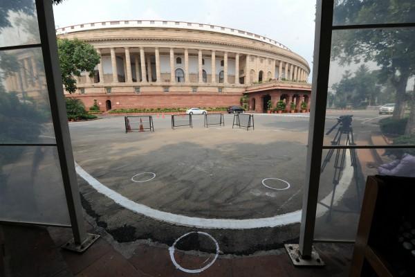 संसद में एंट्री के लिए नया प्रोटोकॉल, कर्मचारियों-पत्रकारों की रोज एंटीजन जांच जरूरी