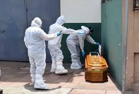 देश में पिछले 24 घंटे में सामने आए कोरोना के 93 हजार से अधिक मामले, 1,247 लोगों की हुई मौत