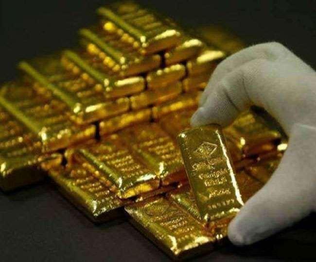 सोने की वायदा कीमत में गिरावट, चांदी भी फिसली