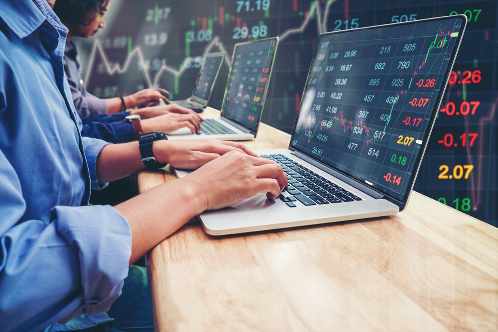 बढ़त के साथ बंद हुआ शेयर बाजार, सेंसेक्स में 835 अंकों की तेजी